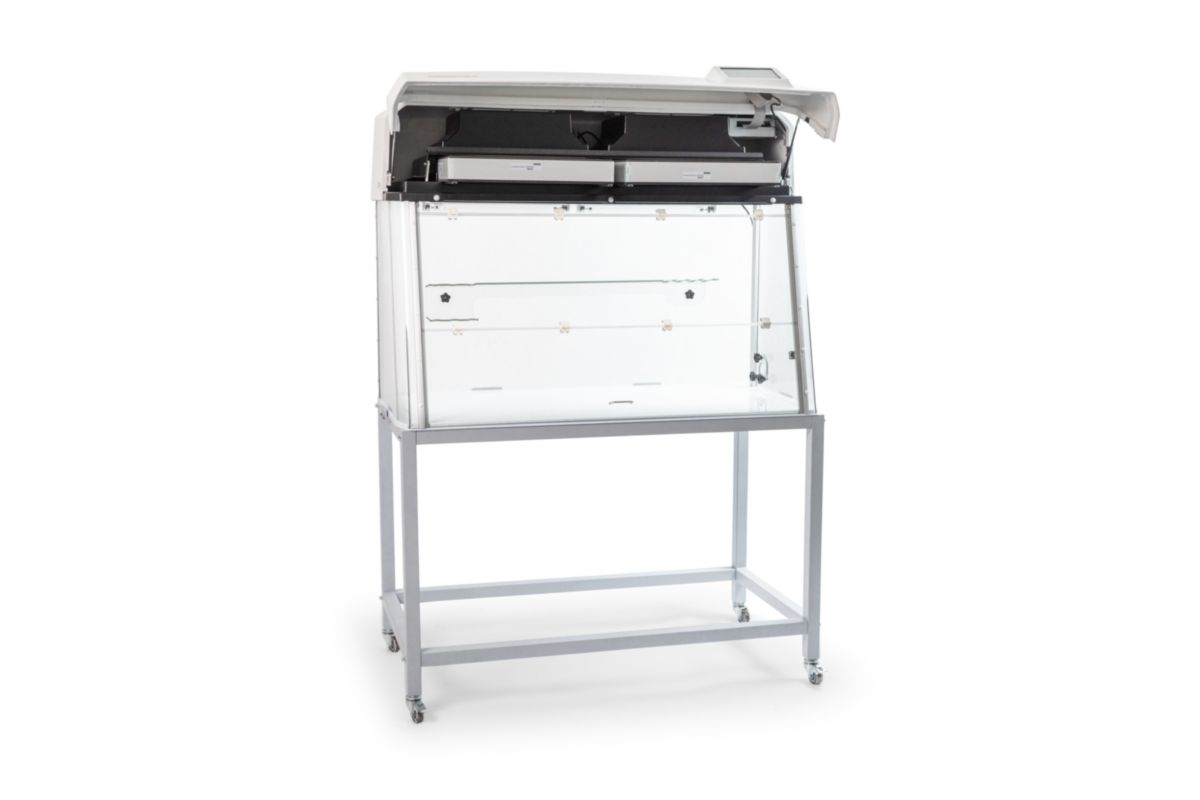 GuardOne® Workbench 48' with trolley - Tool-free HEPA filter* exchange in just 2 minutes.
